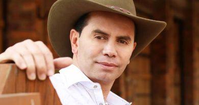 ¡Para llorar! conmovedora petición que Jhonny Rivera le cumple a una reclusa